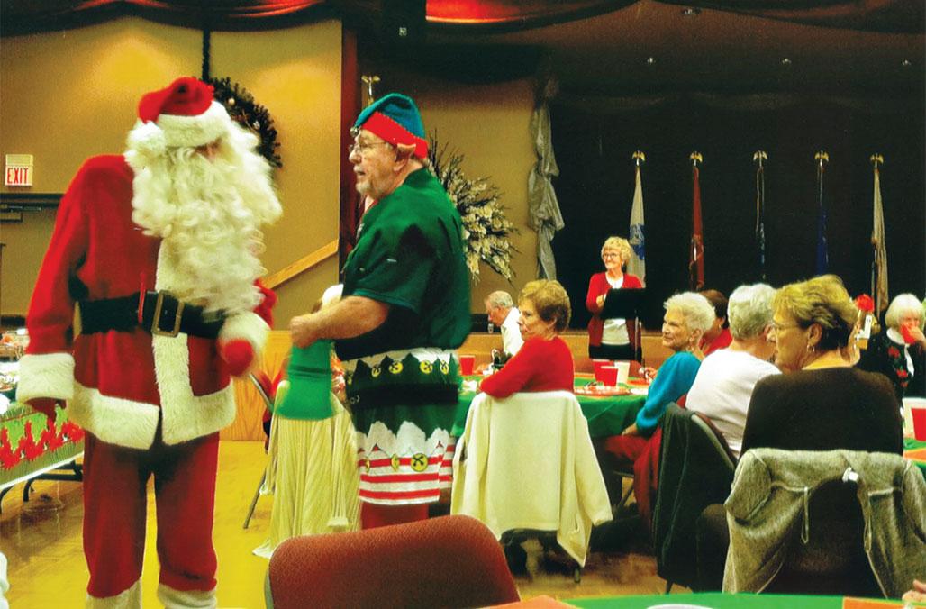 Guests at Ala Kare Bear enjoyed a visit from Santa and his elf!