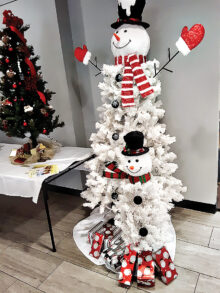 Tall Snowman donated by Real Estate Specialist for AZ Best Move